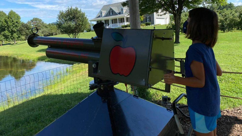 GrandadsApples-Apple-Cannon-1600×900