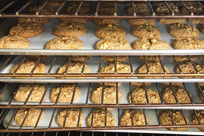 GrandadsApples-Bakery-Cookies-700×467